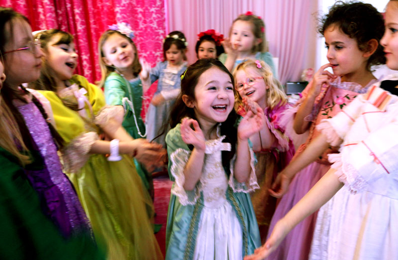 fun-queenies-princesse-boudoir-anniversaire-de-princesse-birthday